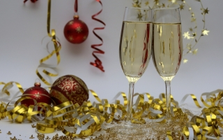 christmas party champagne glasses pixabay